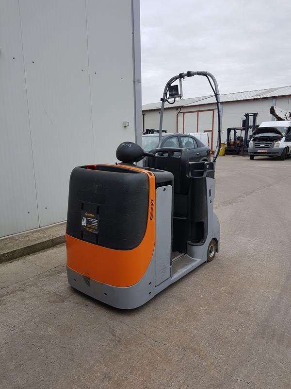STILL-CX-T-REL645-Tractor full