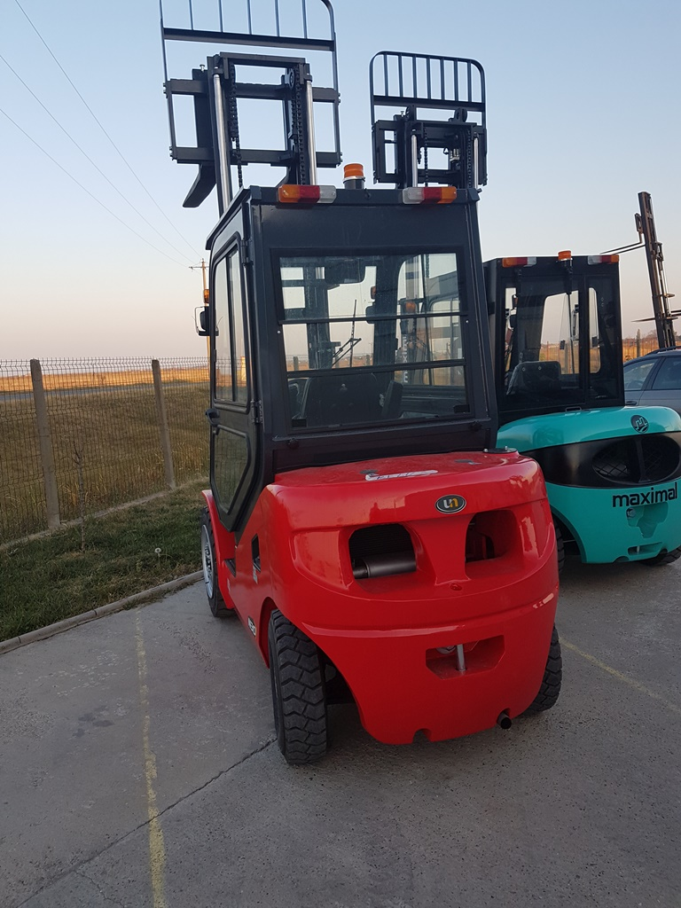 ZHEJIANG-FD30T-CUST_2-Motostivuitor full