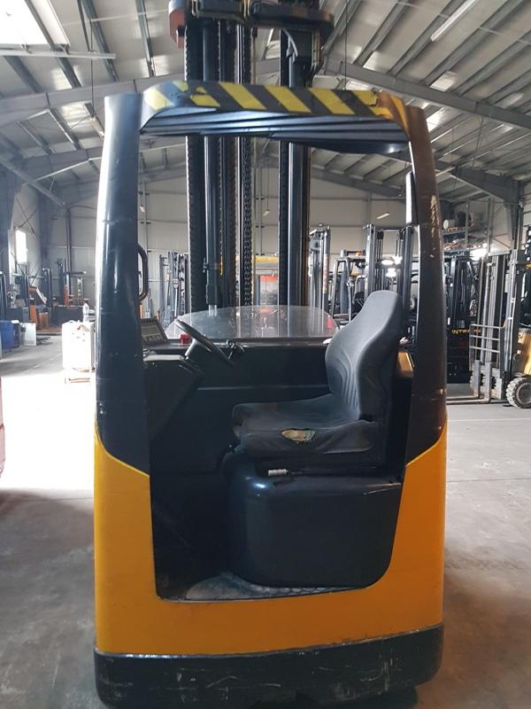 OM-THESI-REL169-Reach-Truck full